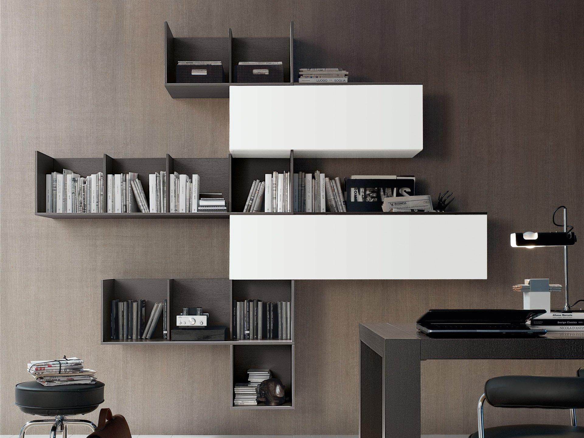 Дизайн полок в кабинете