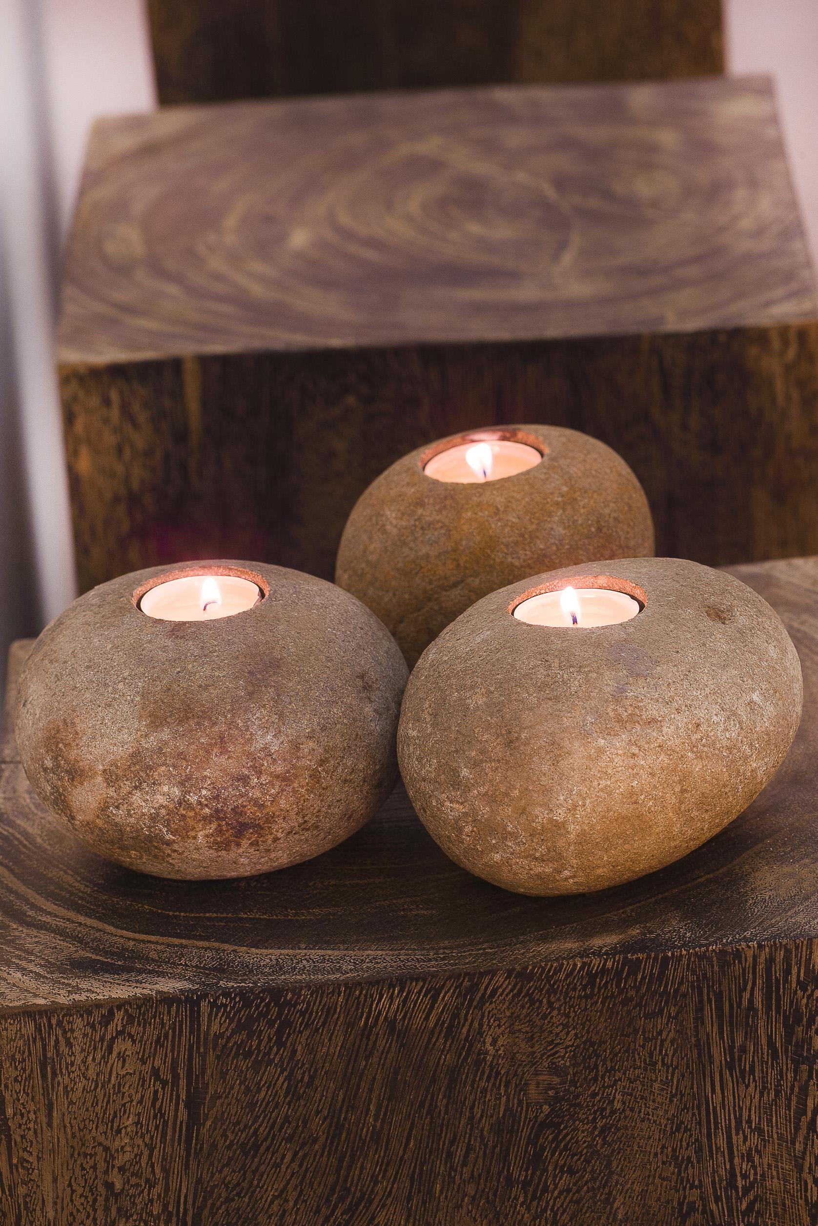 Декоративный подсвечник из камня