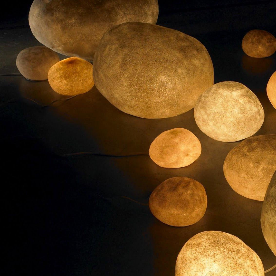 Декоративный светящийся камень