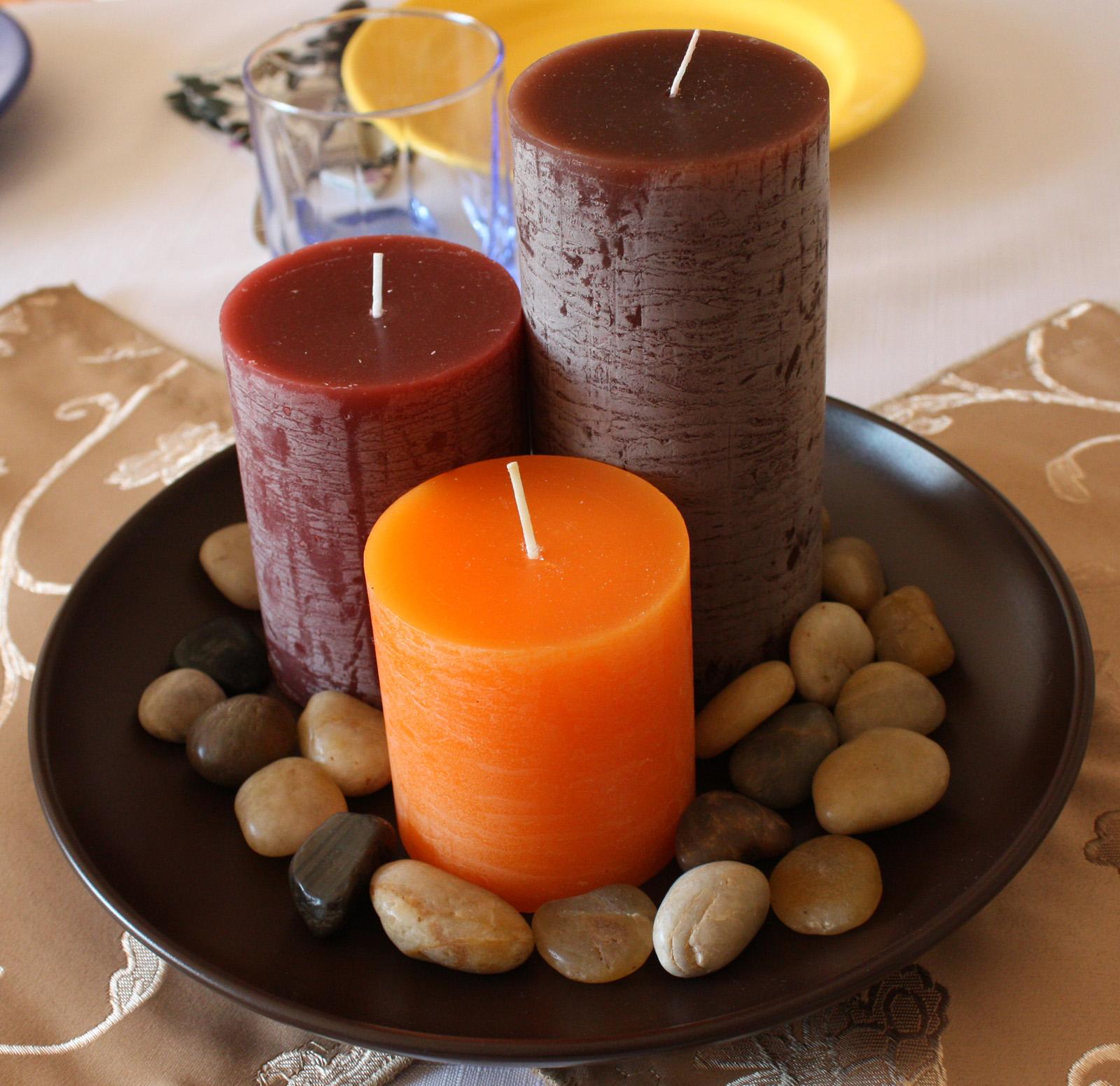 Декор свечей камнями