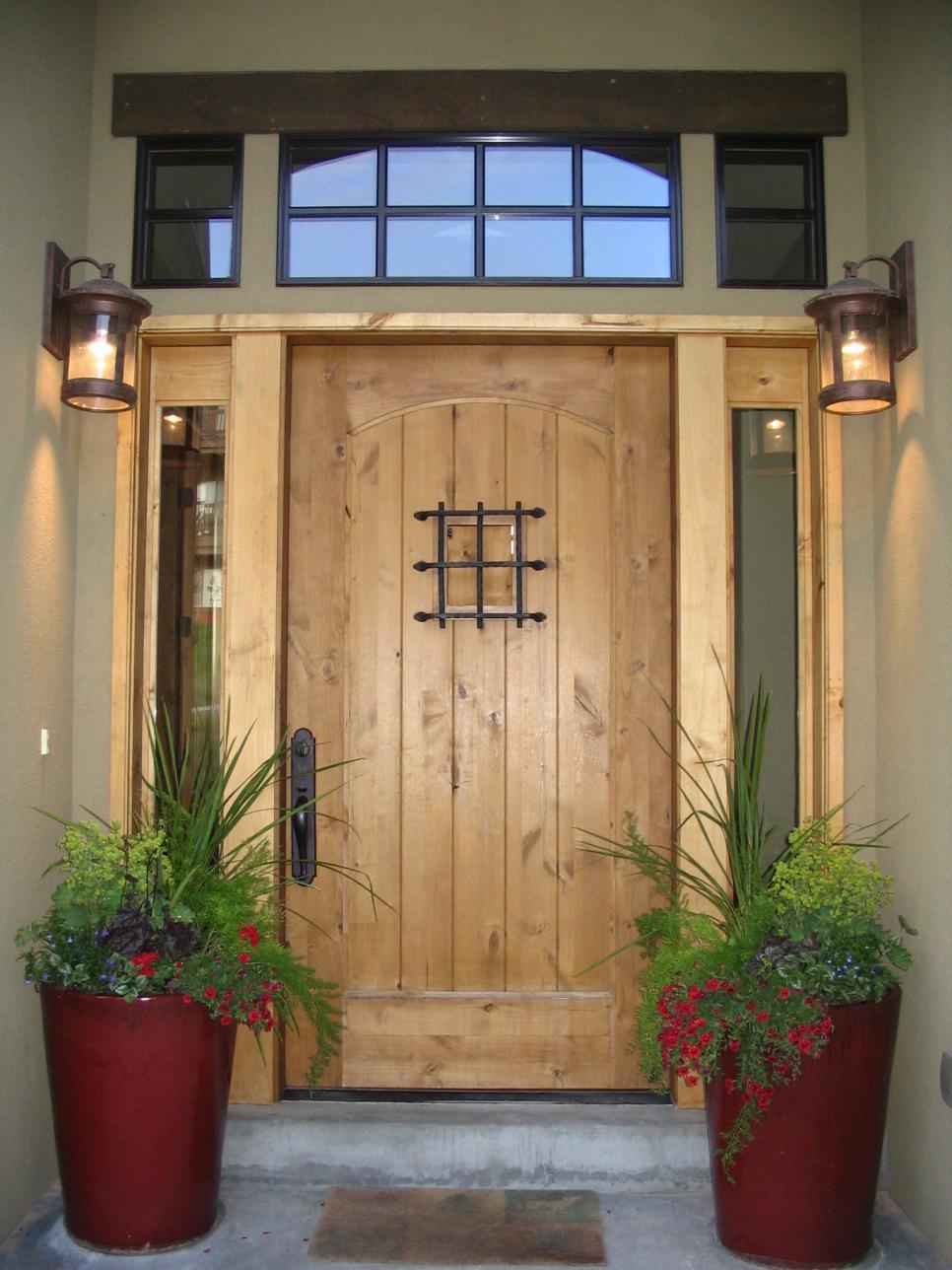 Входная дверь в стиле кантри