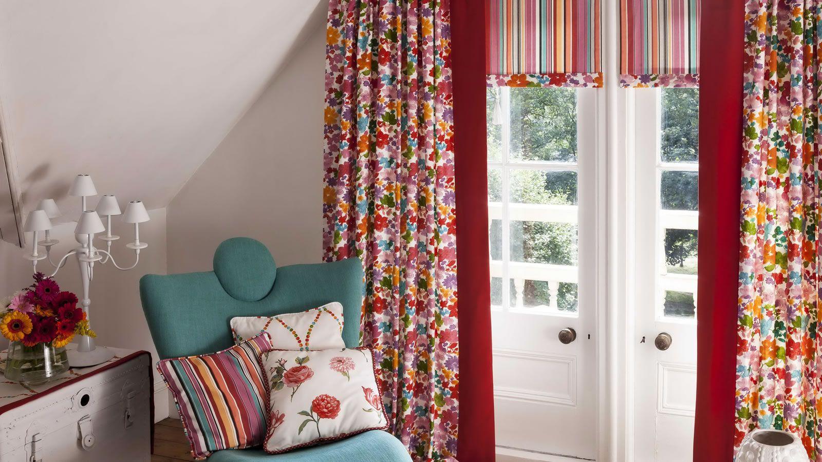Цветочные шторы в стиле кантри
