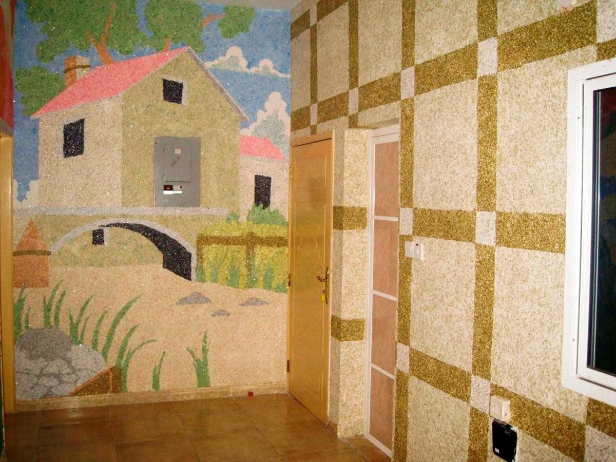 Картина на стене из жидких обоев