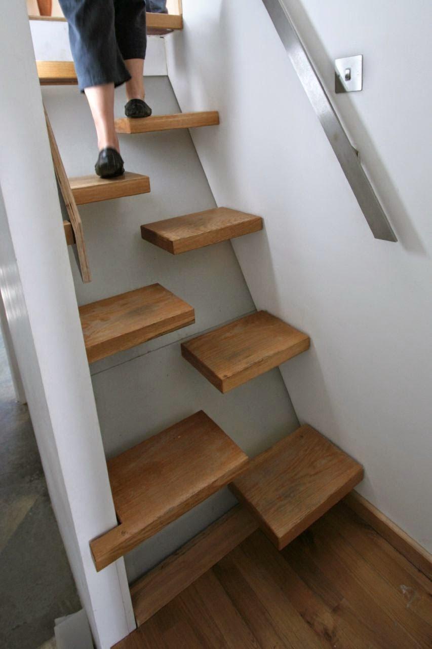 "Консольная лестница ""гусиный шаг"""