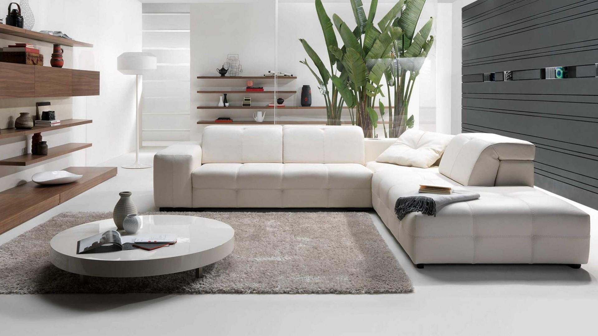 Кожаный диван хай-тек в интерьере