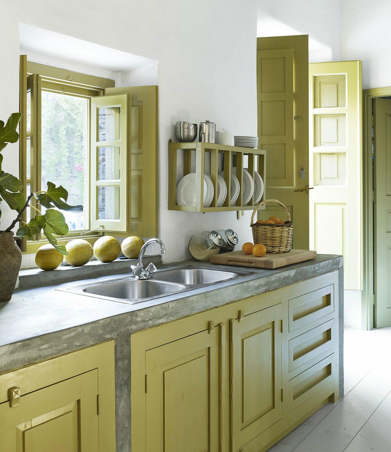 Покрашенный кухонный гарнитур – основной тренд 2017