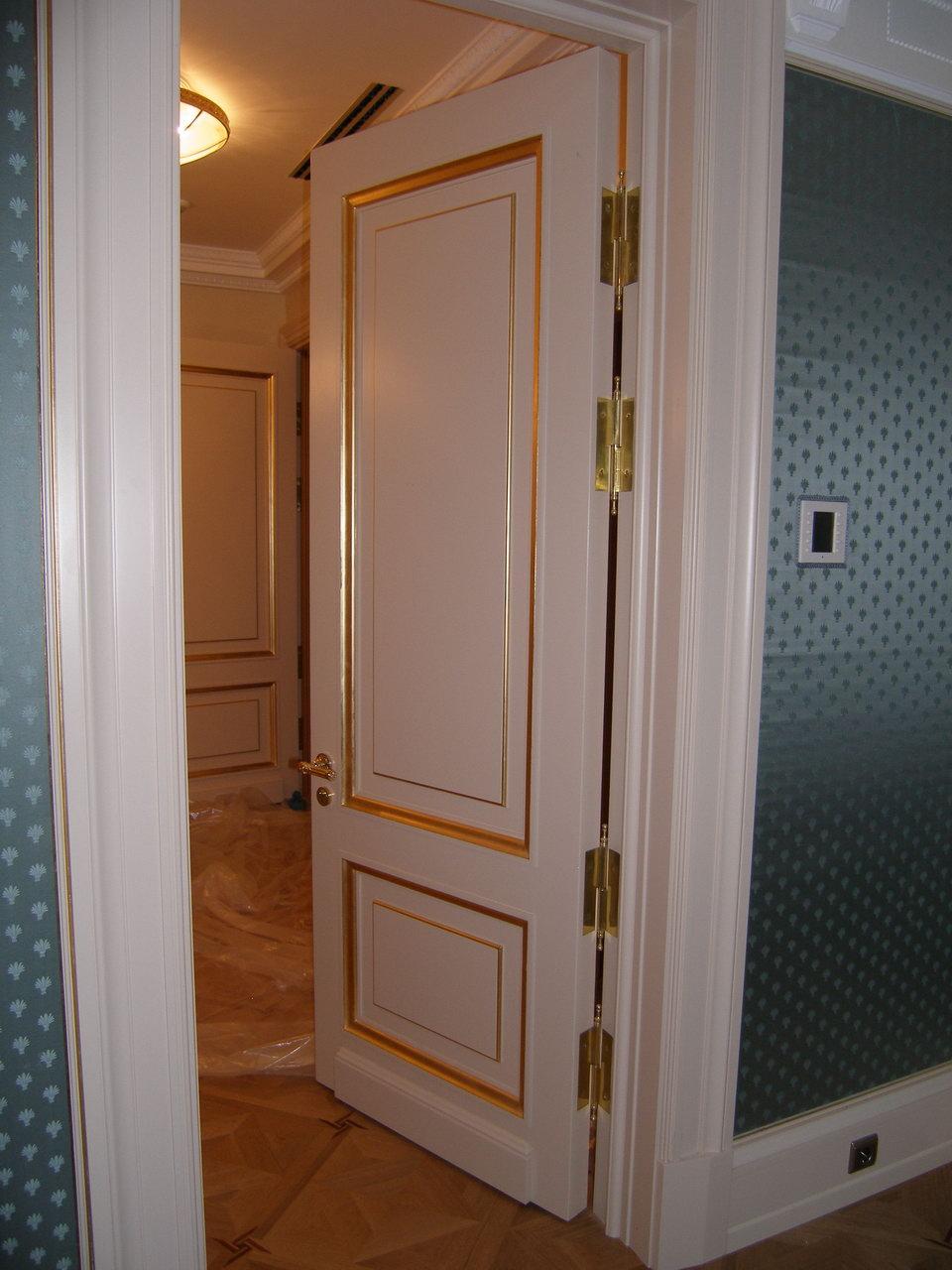 Декоративная покраска межкомнатной двери