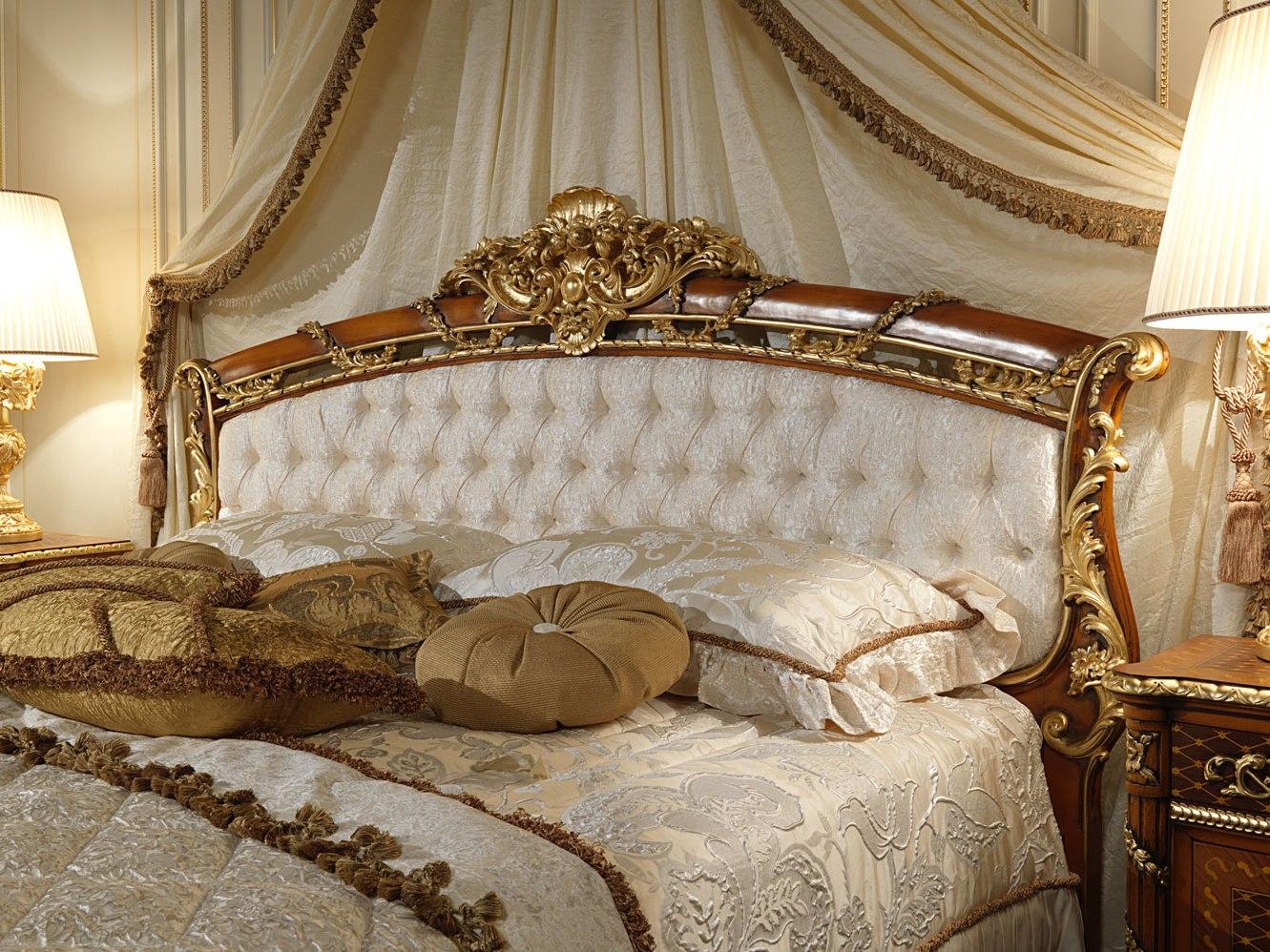 Лепной декор для кровати