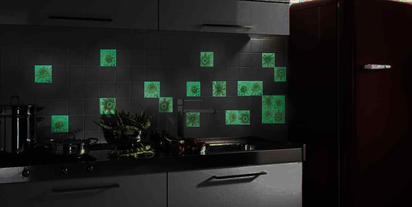 Светящаяся керамическая плитка на кухне