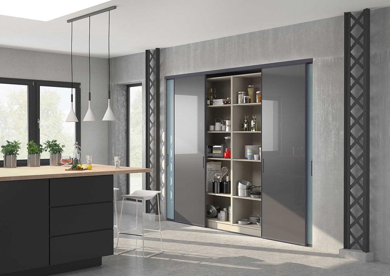 Двери в нишу на кухне