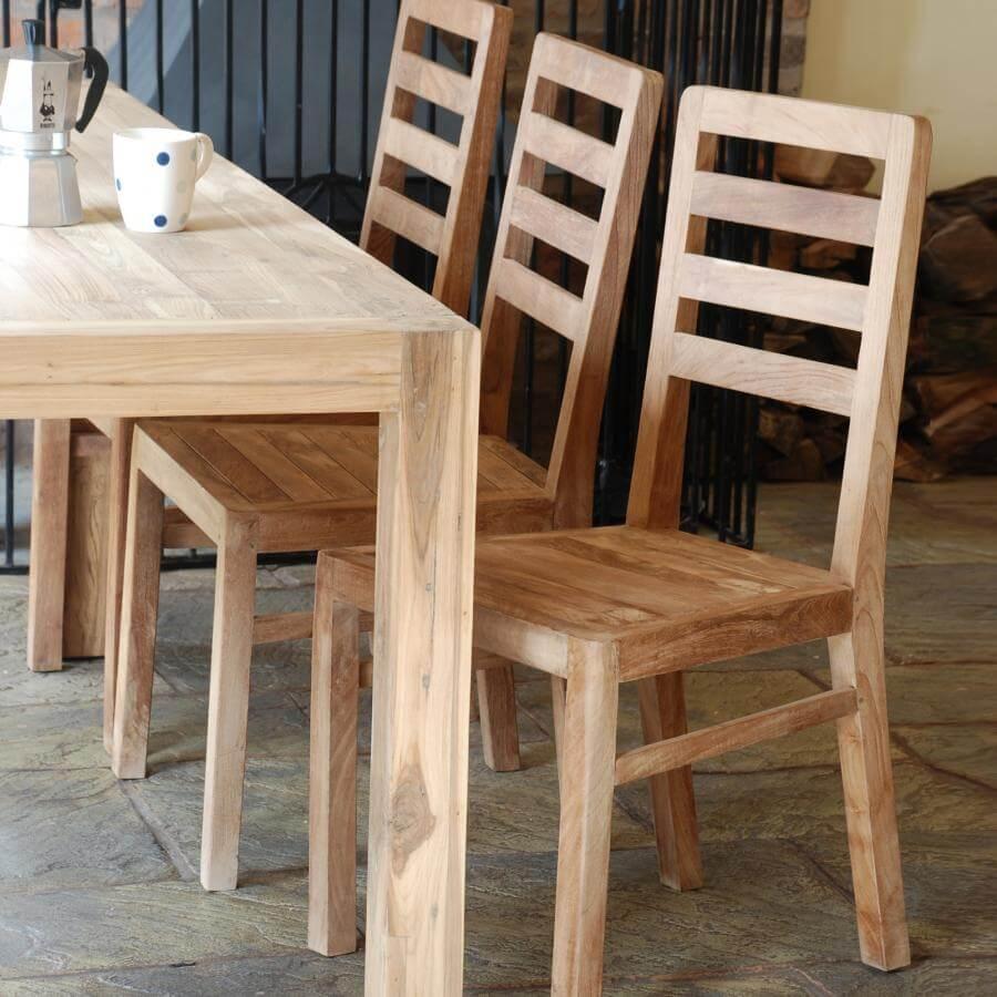 Кухонные стулья из массива дерева