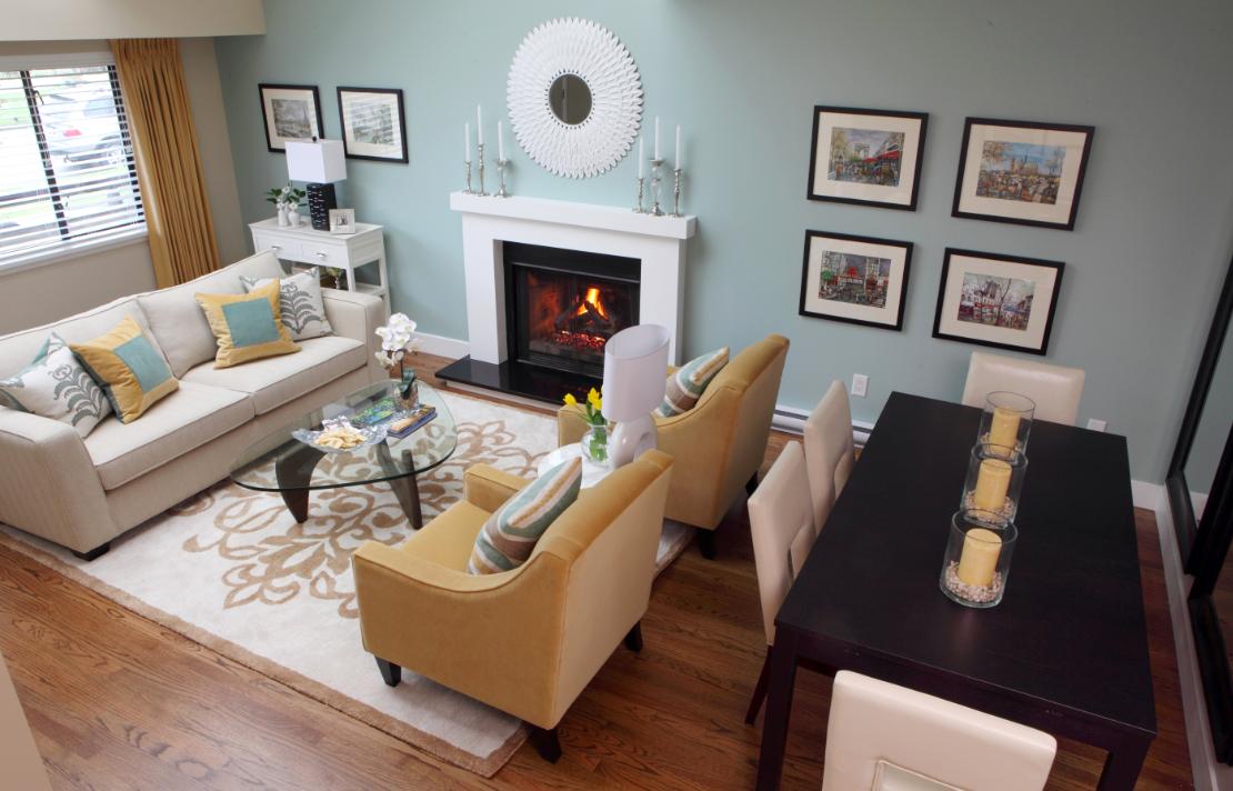 Кухня-гостиная с камином в квартире