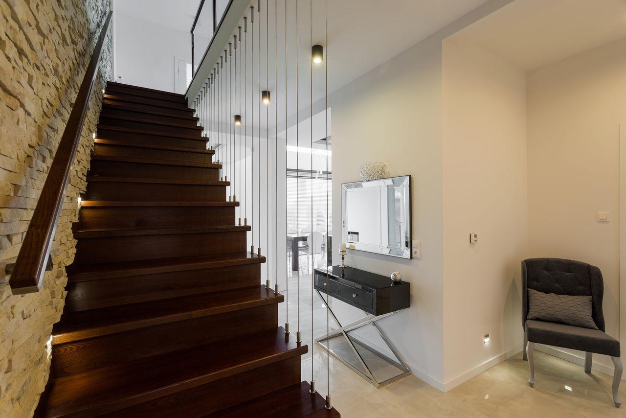 Освещение лестницы в квартире