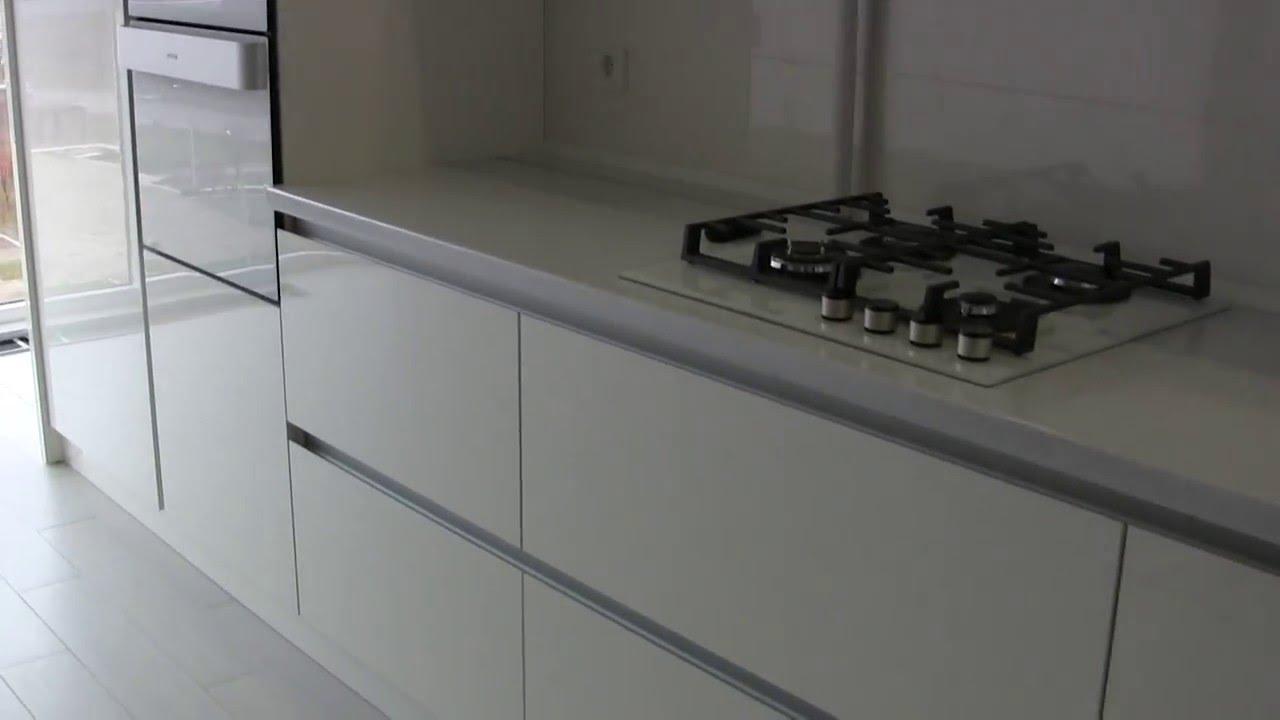 Лаконичный дизайн кухонной мебели