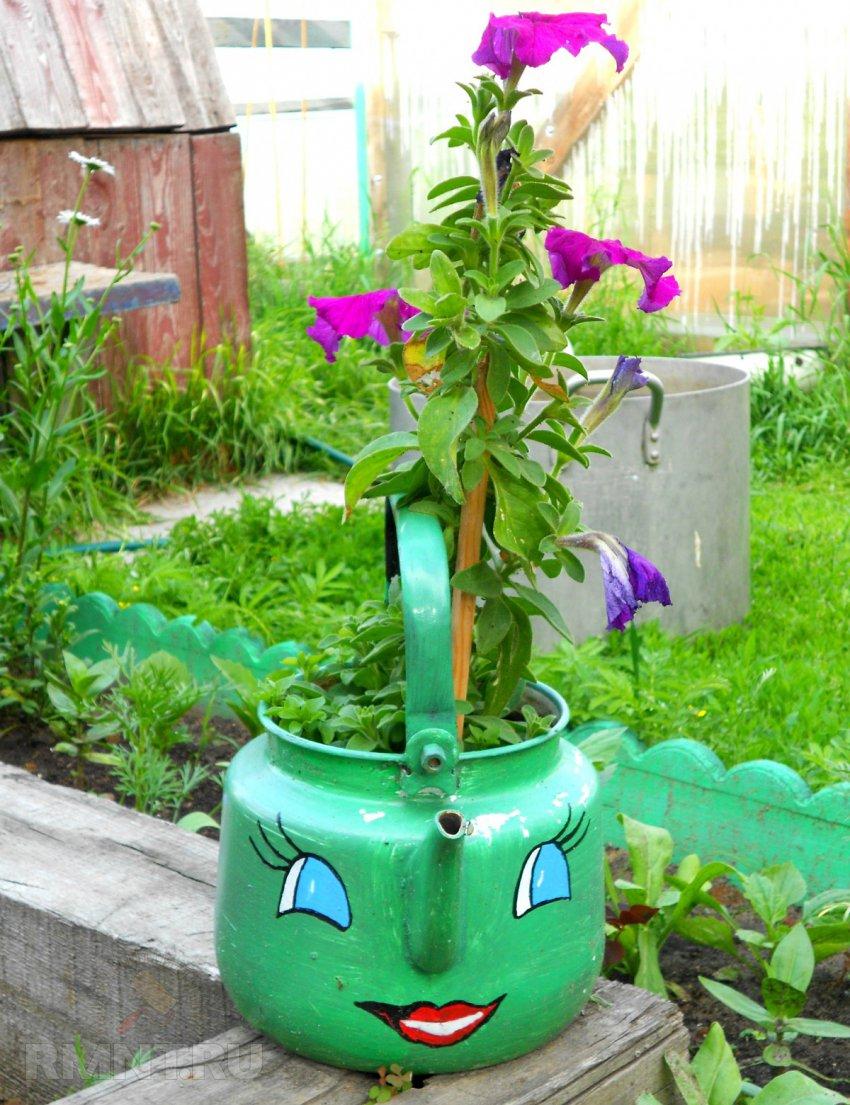 Декор садовой лейки