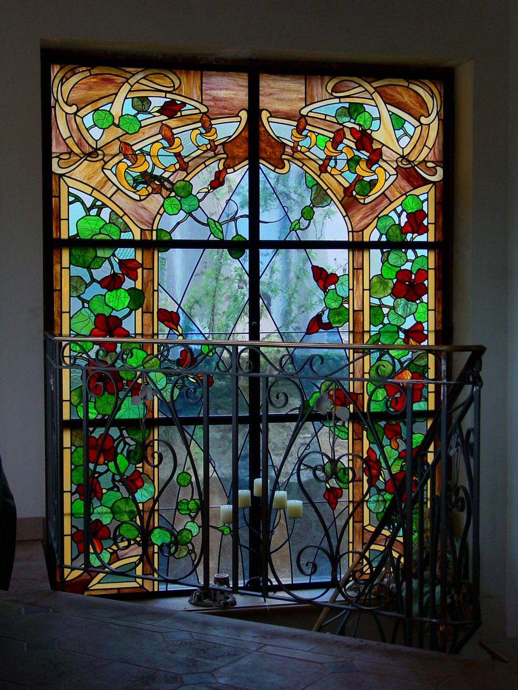 Витражная пленка декоративная на лестничное окно