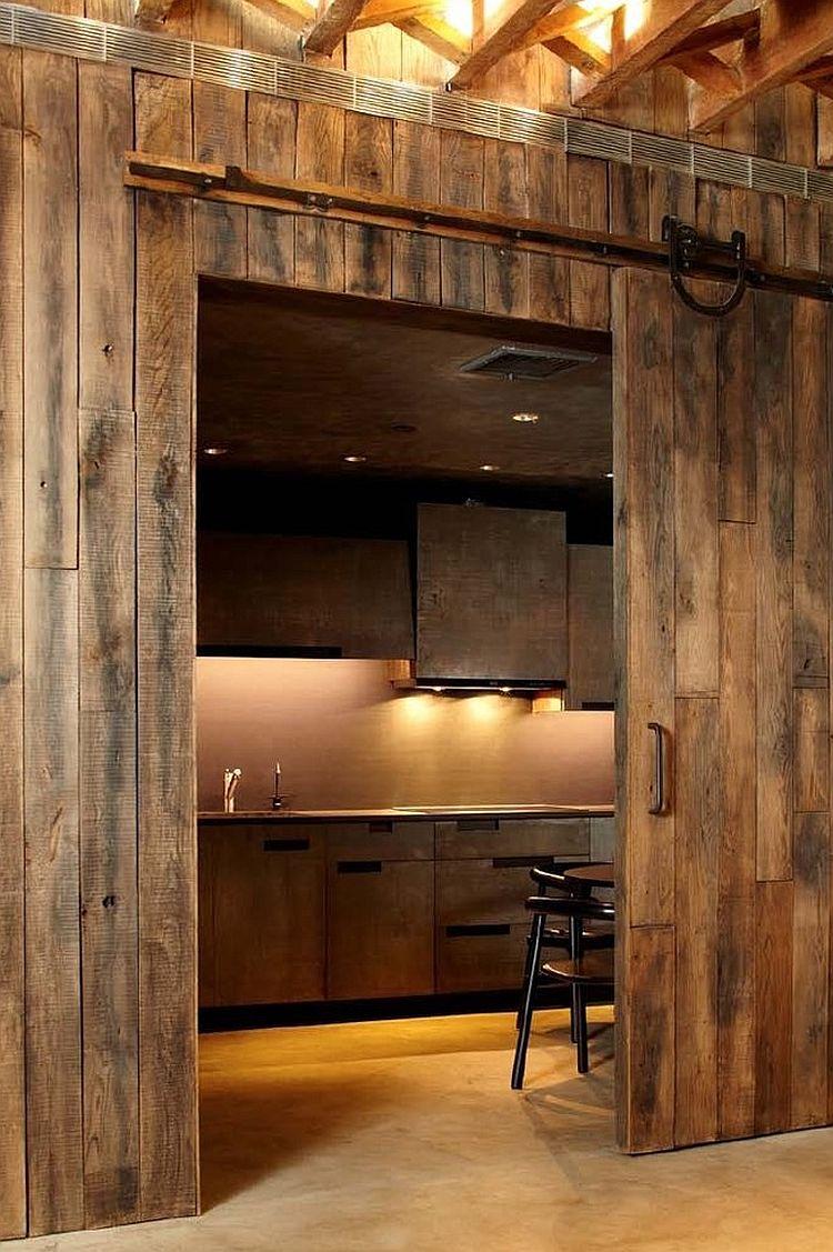 Реставрация двери в стиле лофт