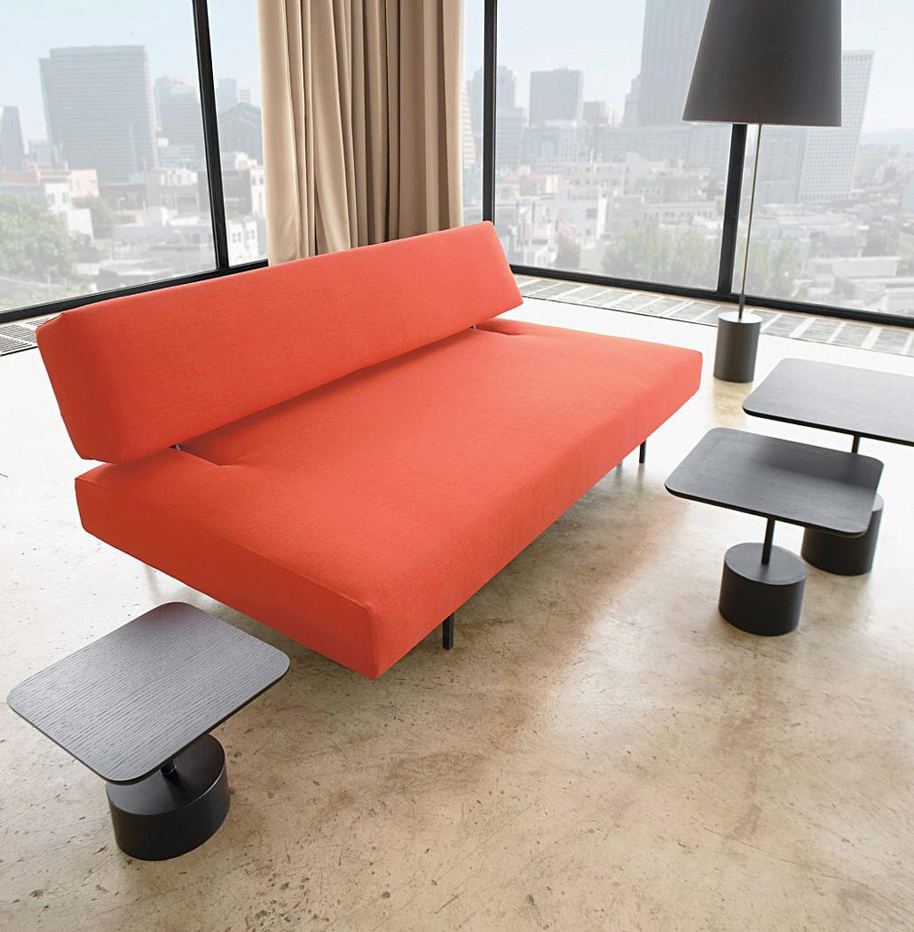 Минималистичный диван в стиле хай-тек