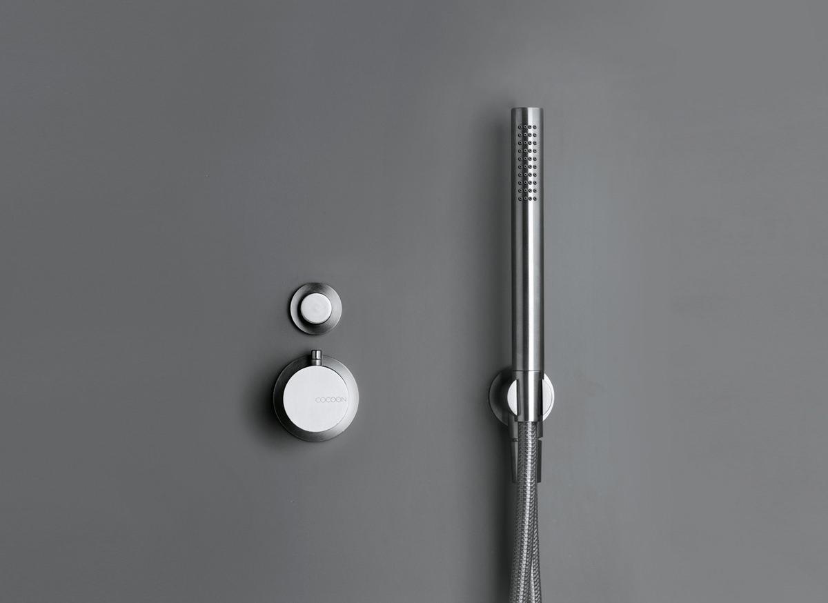 Термостатический смеситель в минималистичном дизайне