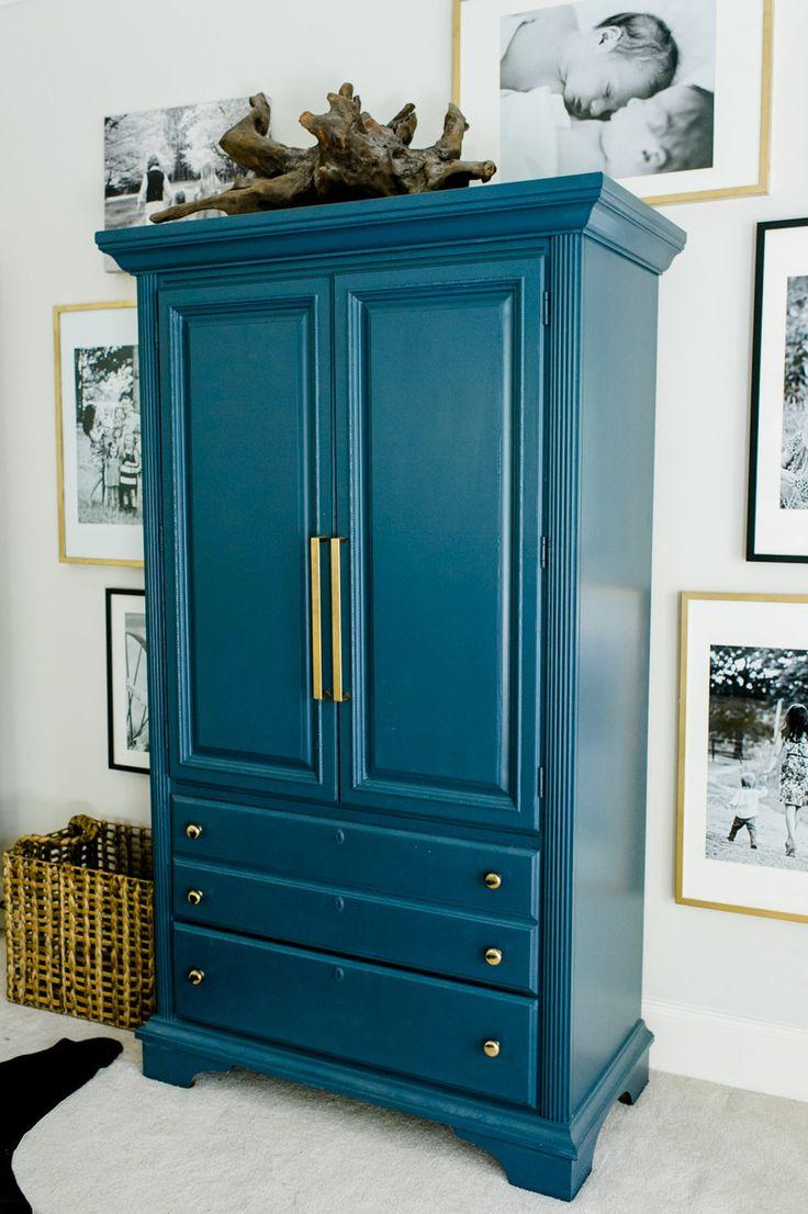 Декор шкафа в стиле модерн
