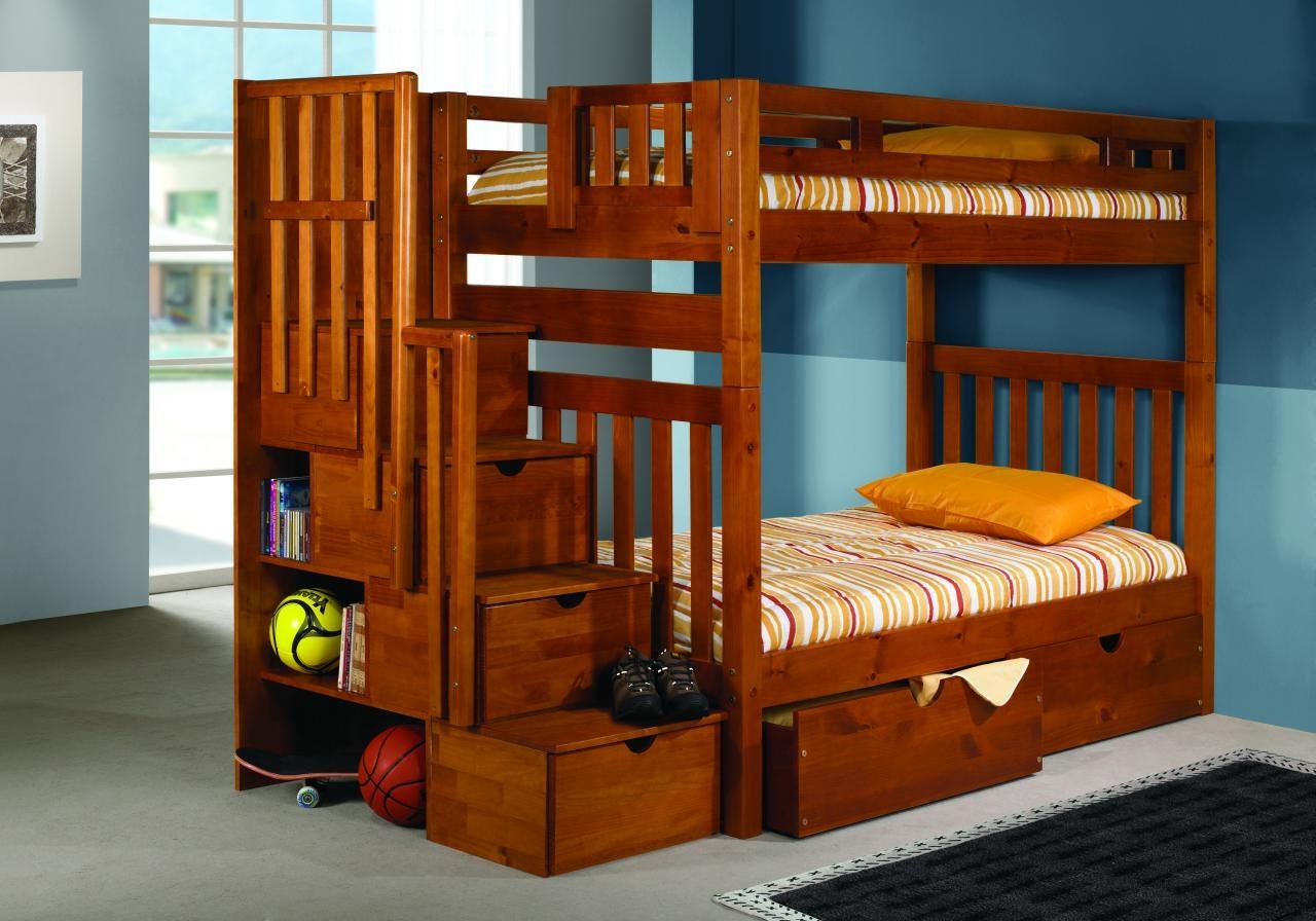Детская кровать из мореного дерева