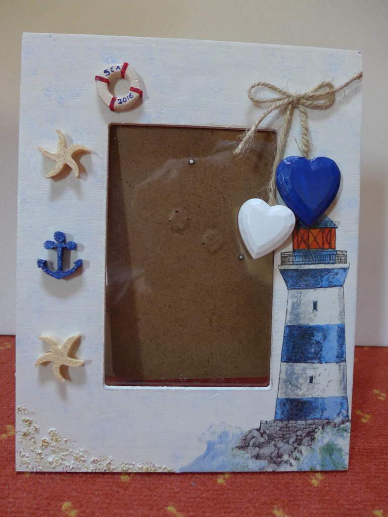 Декор рамки для фото в морском стиле