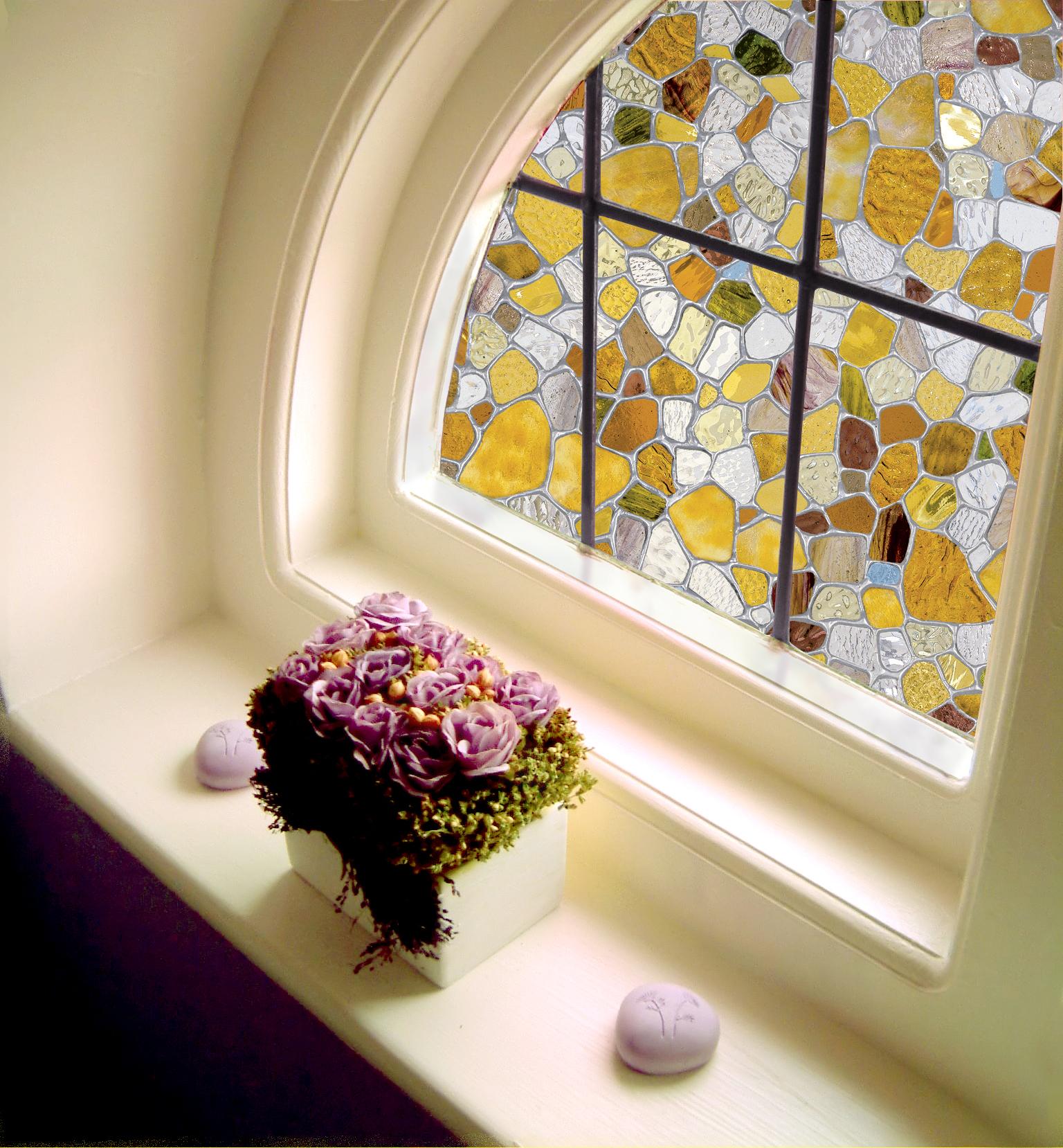 Витражная наклейка на окно