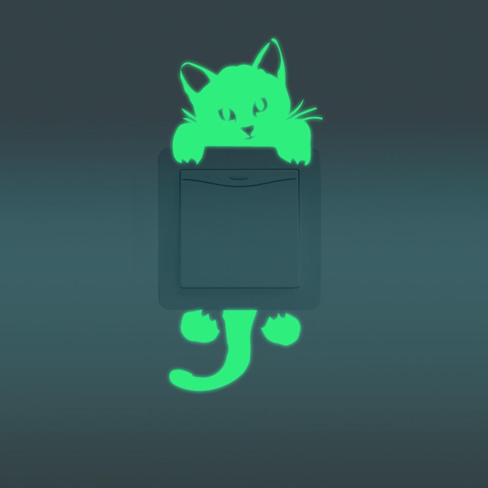 Светящаяся наклейка в виде кота