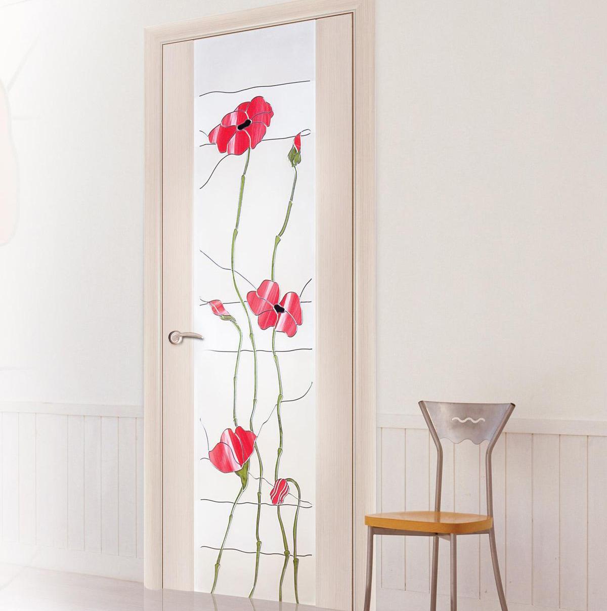 Декор двери наклейкой