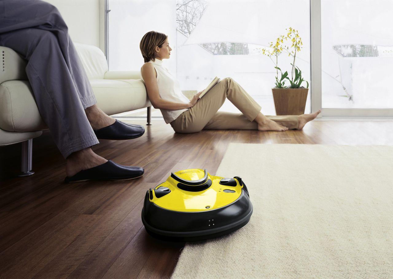 Робот-пылесос с функцией ночной уборки