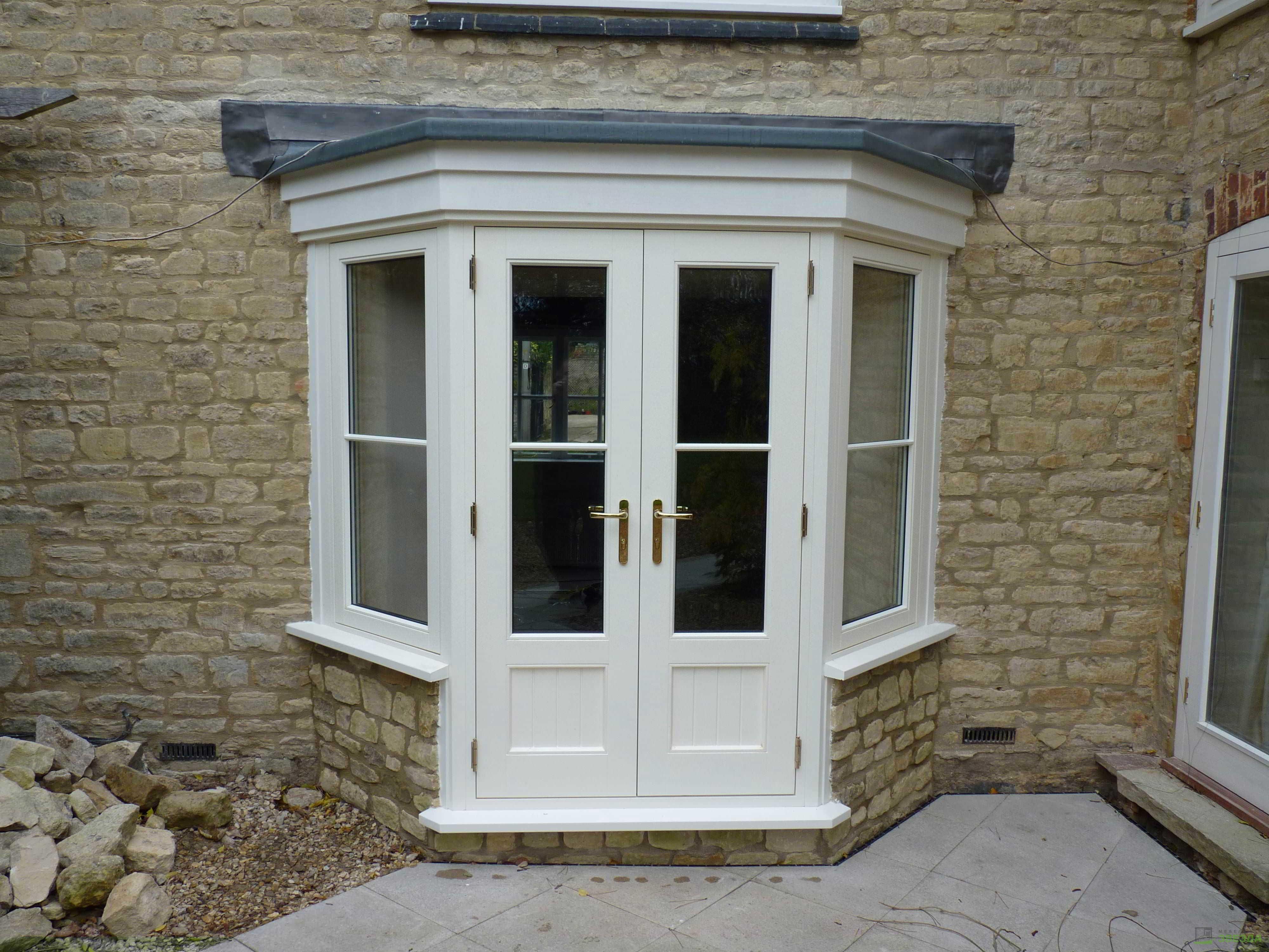 Реставрация двери с окном