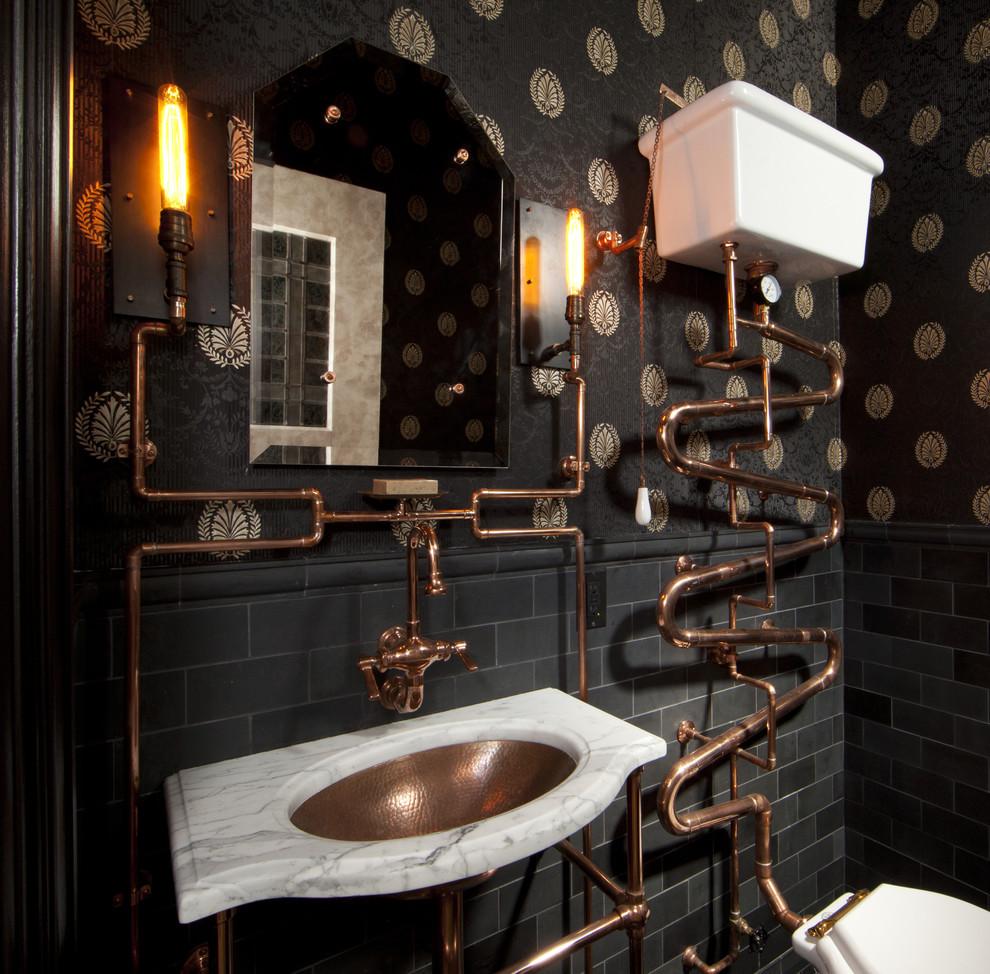 Оригинальная форма труб в ванной