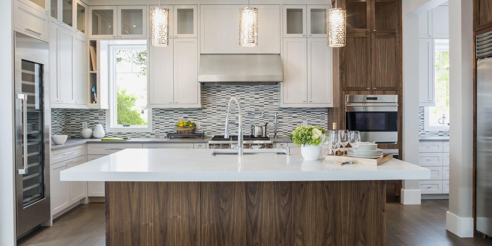 Дизайн кухни с освещением 2019
