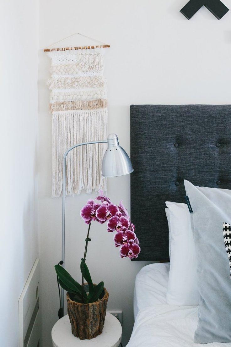 Орхидея Ванда в спальне
