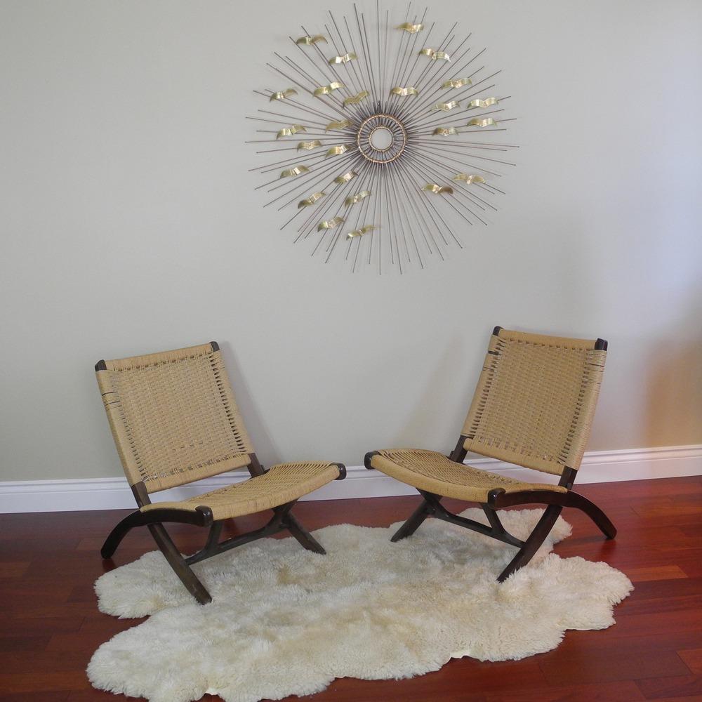 Складные плетеные стулья