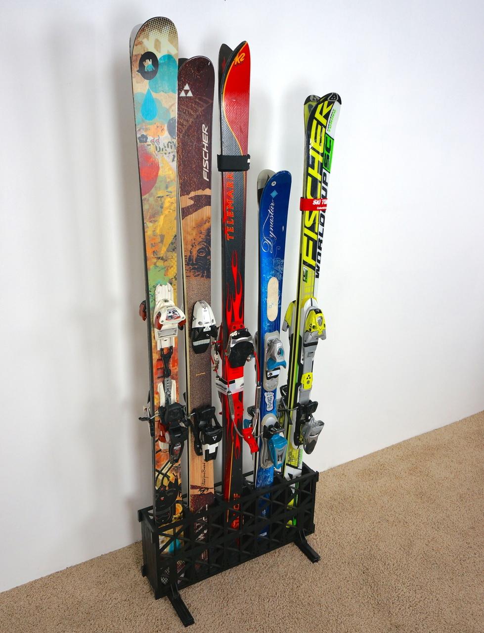 Подставка для лыж