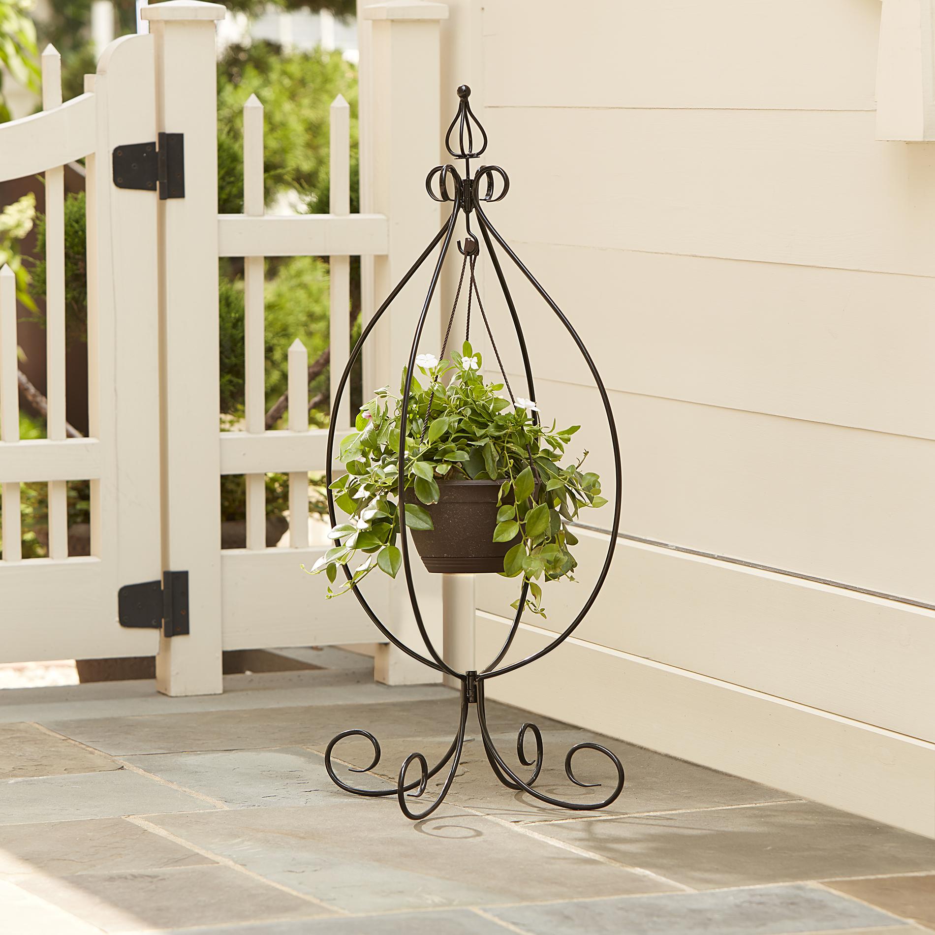 Кованая подставка для садовых цветов
