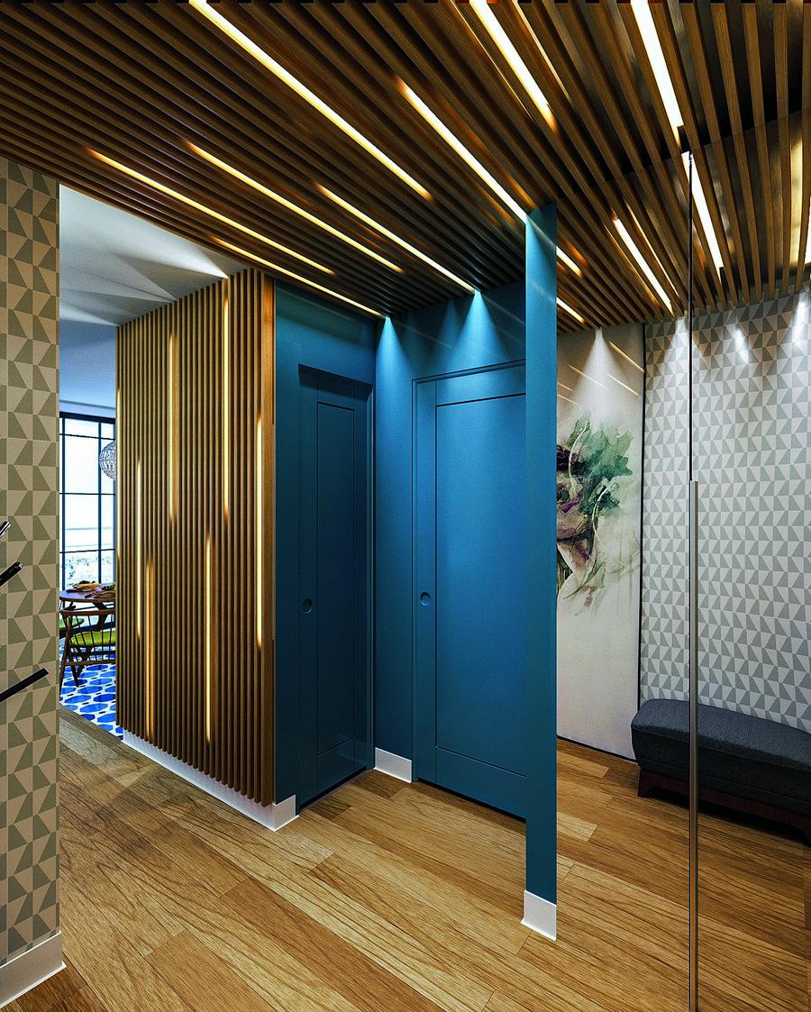 Потолок со светодиодной подсветкой в прихожей