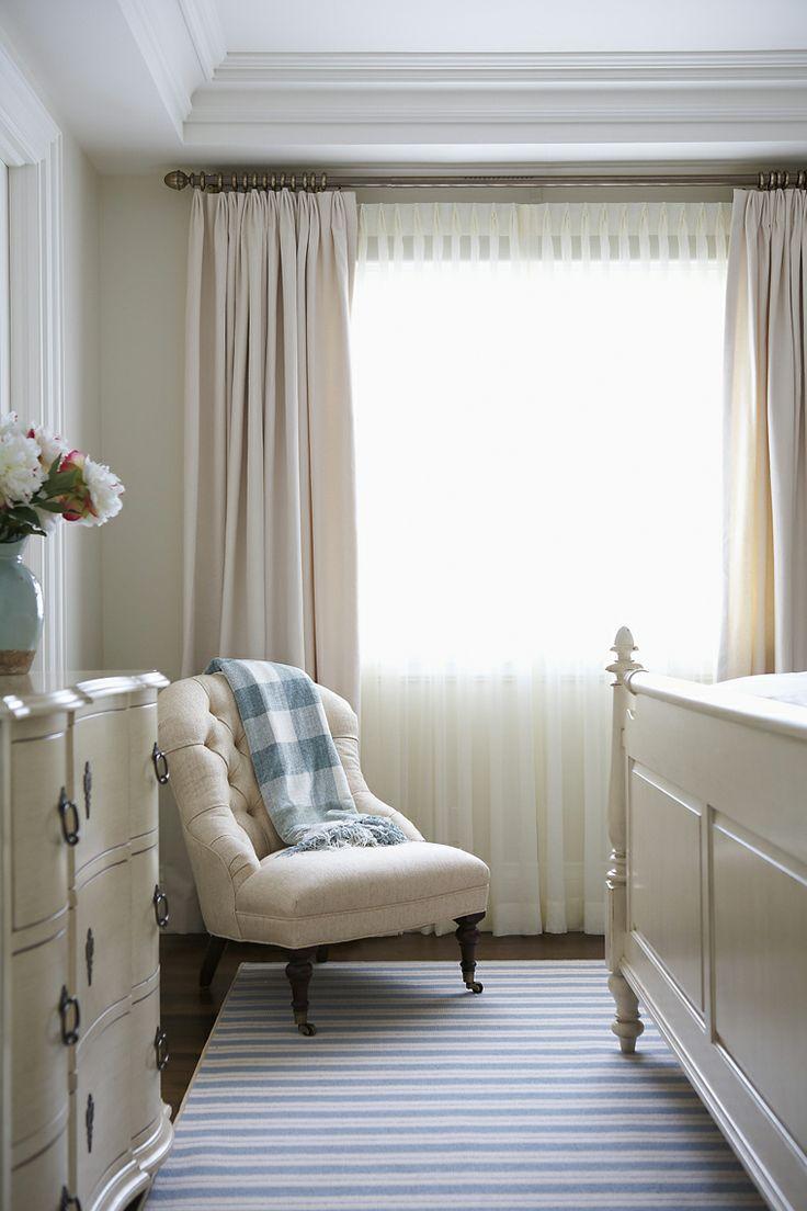 Тюль в спальне в стиле прованс