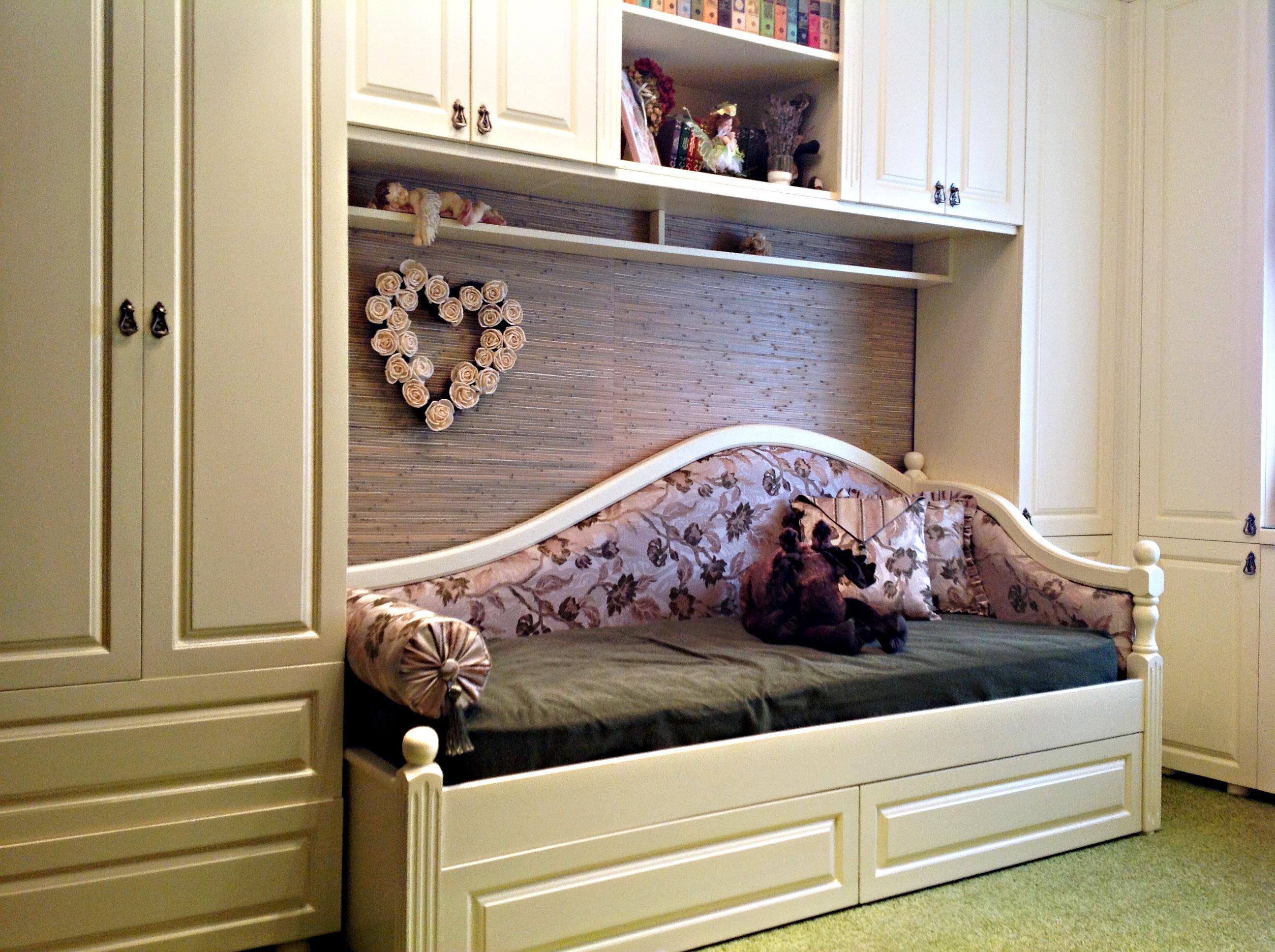 Детская мебель из массива в стиле прованс