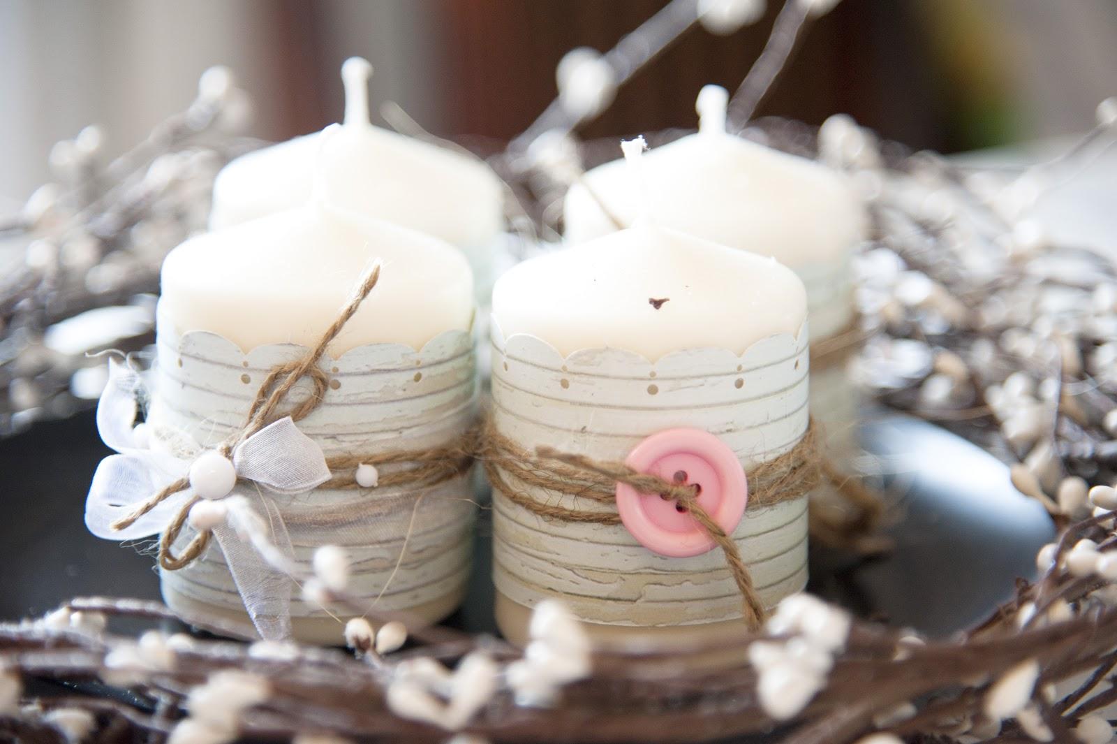 Декор свечи пуговицами и лентами