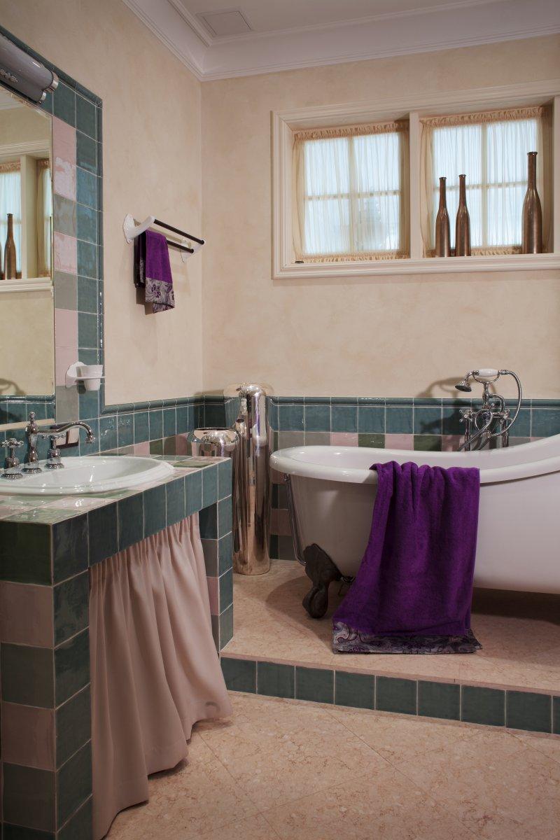 Отдельно стоящая ванна в стиле ретро