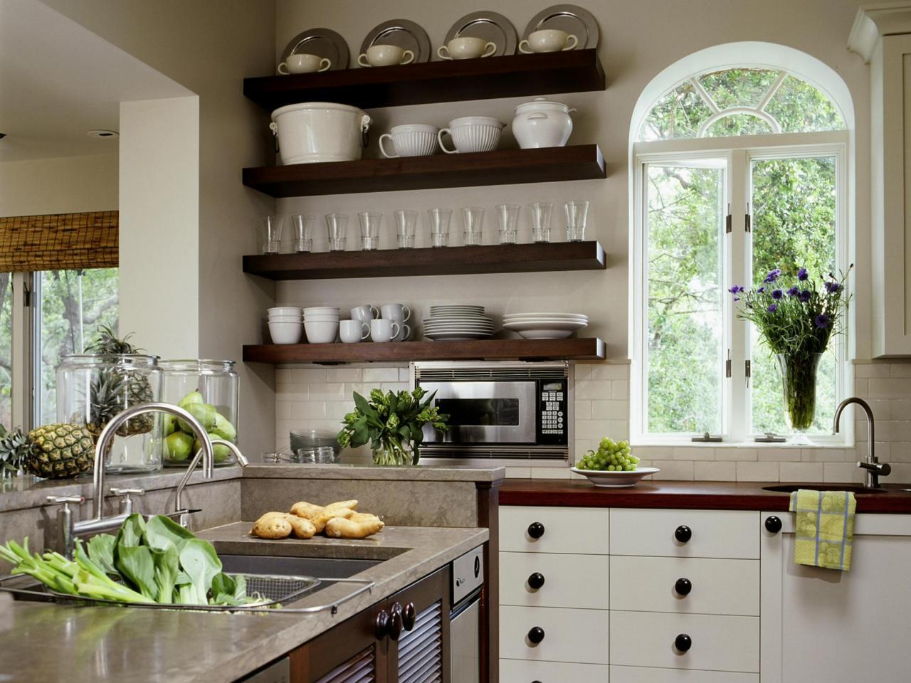 Полки для посуды в стиле ретро