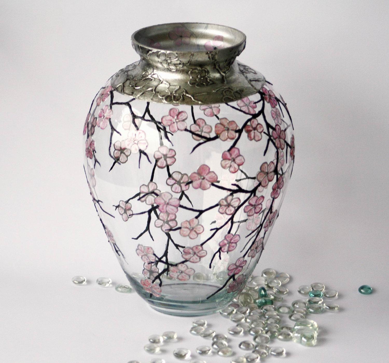Декор вазы росписью
