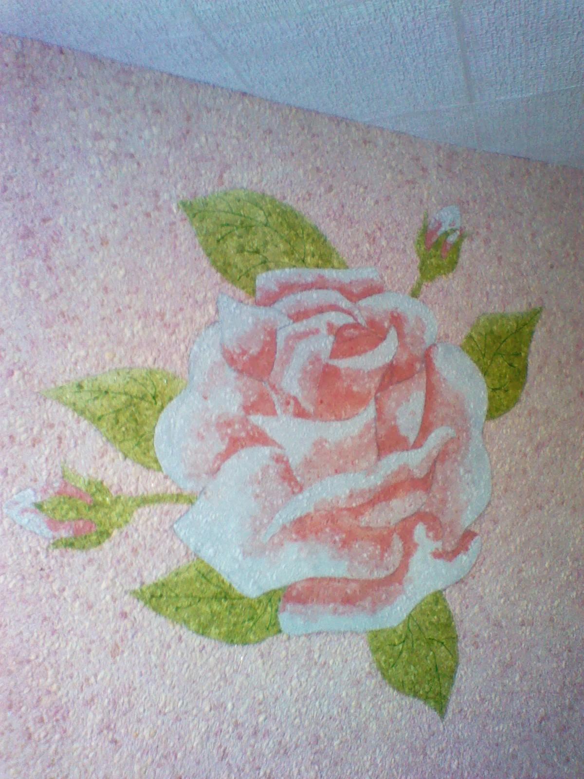 Рисунок розы жидкими обоями