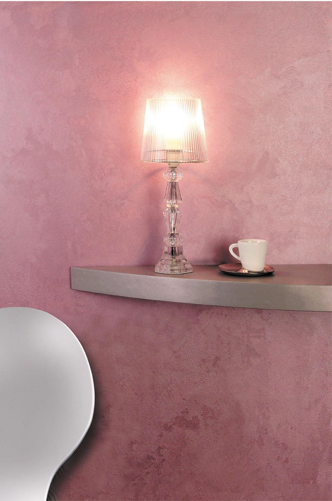 Розовая перламутровая краска в интерьере
