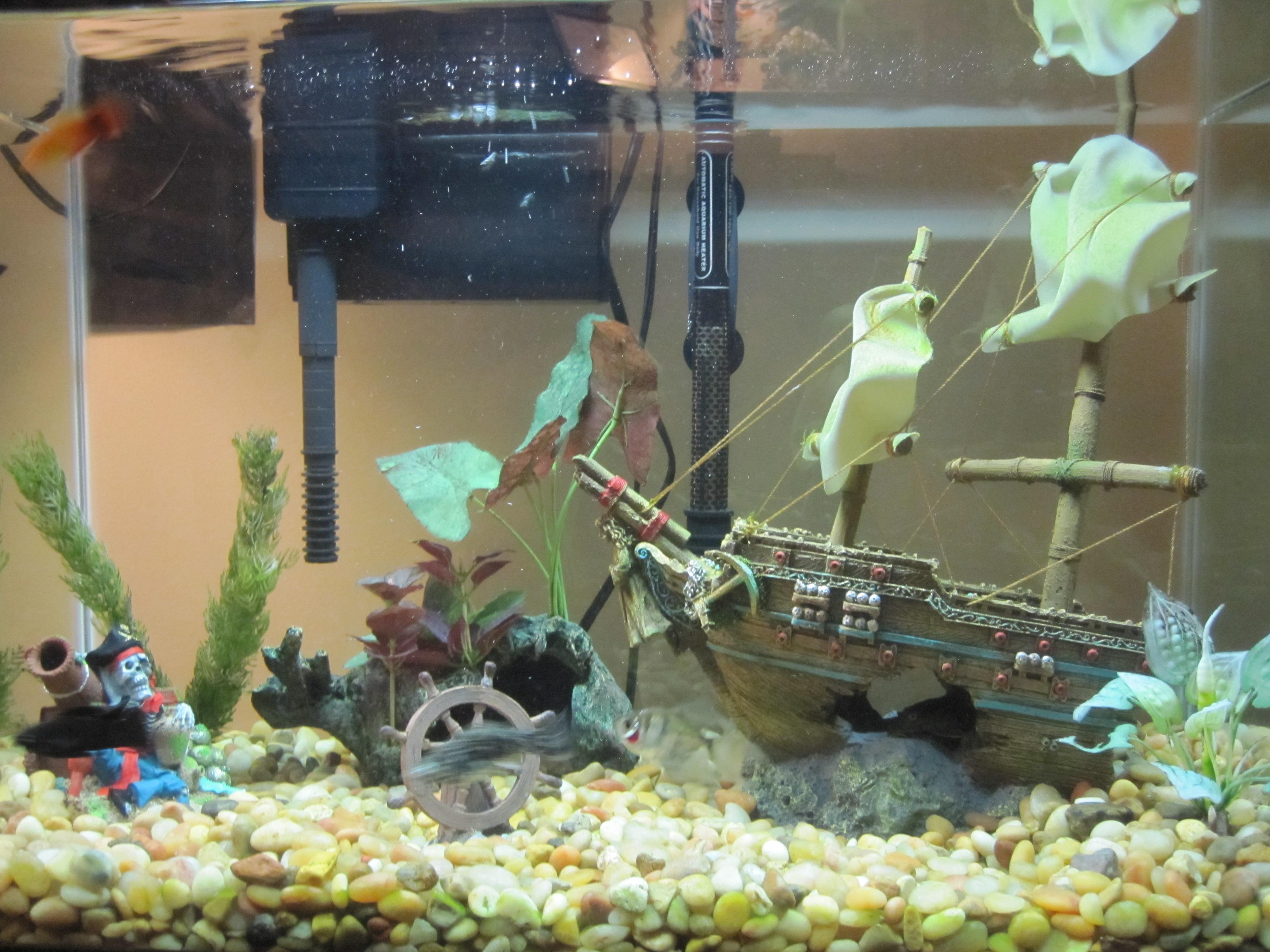 Декор для аквариума в виде штурвала