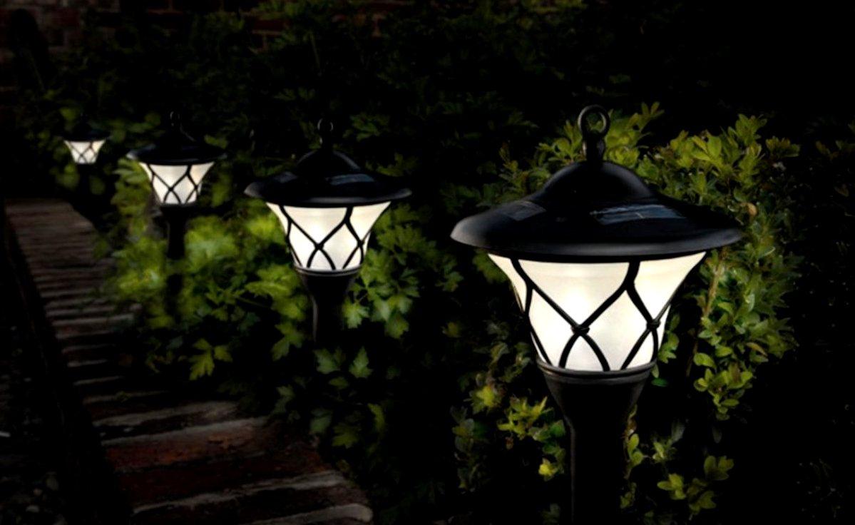Садовые уличные фонари