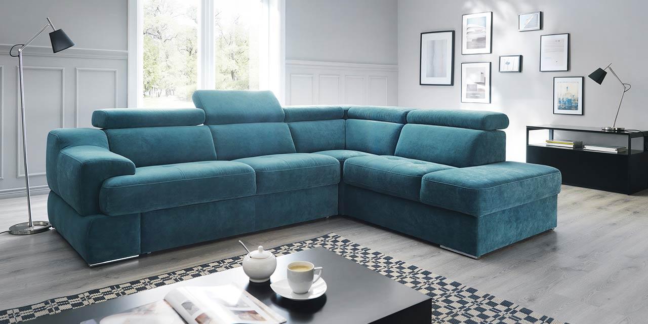 Тканевый диван в скандинавском стиле