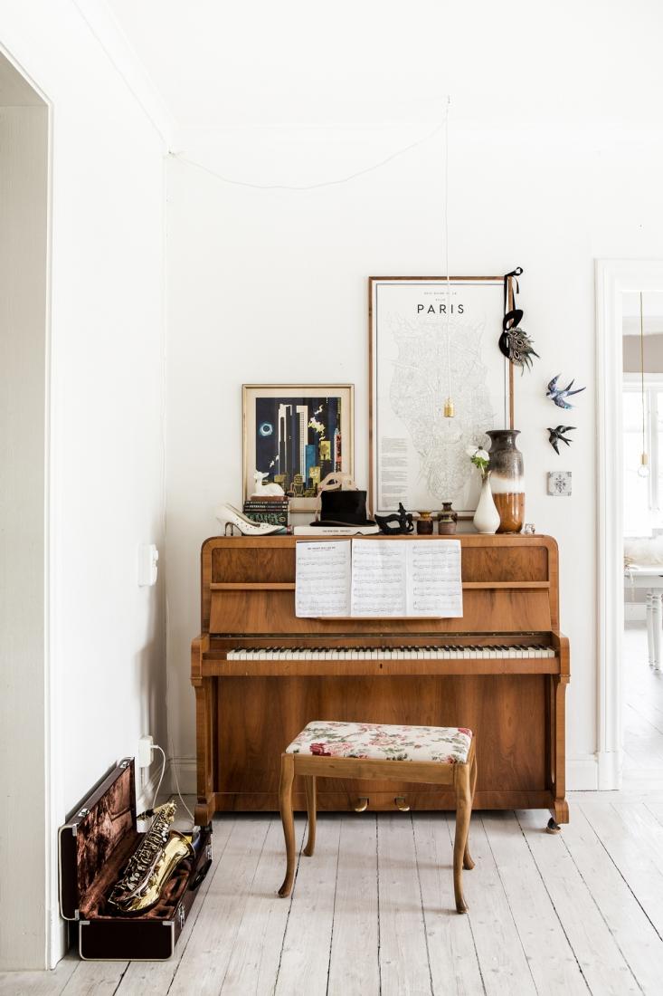 Пианино в скандинавском интерьере